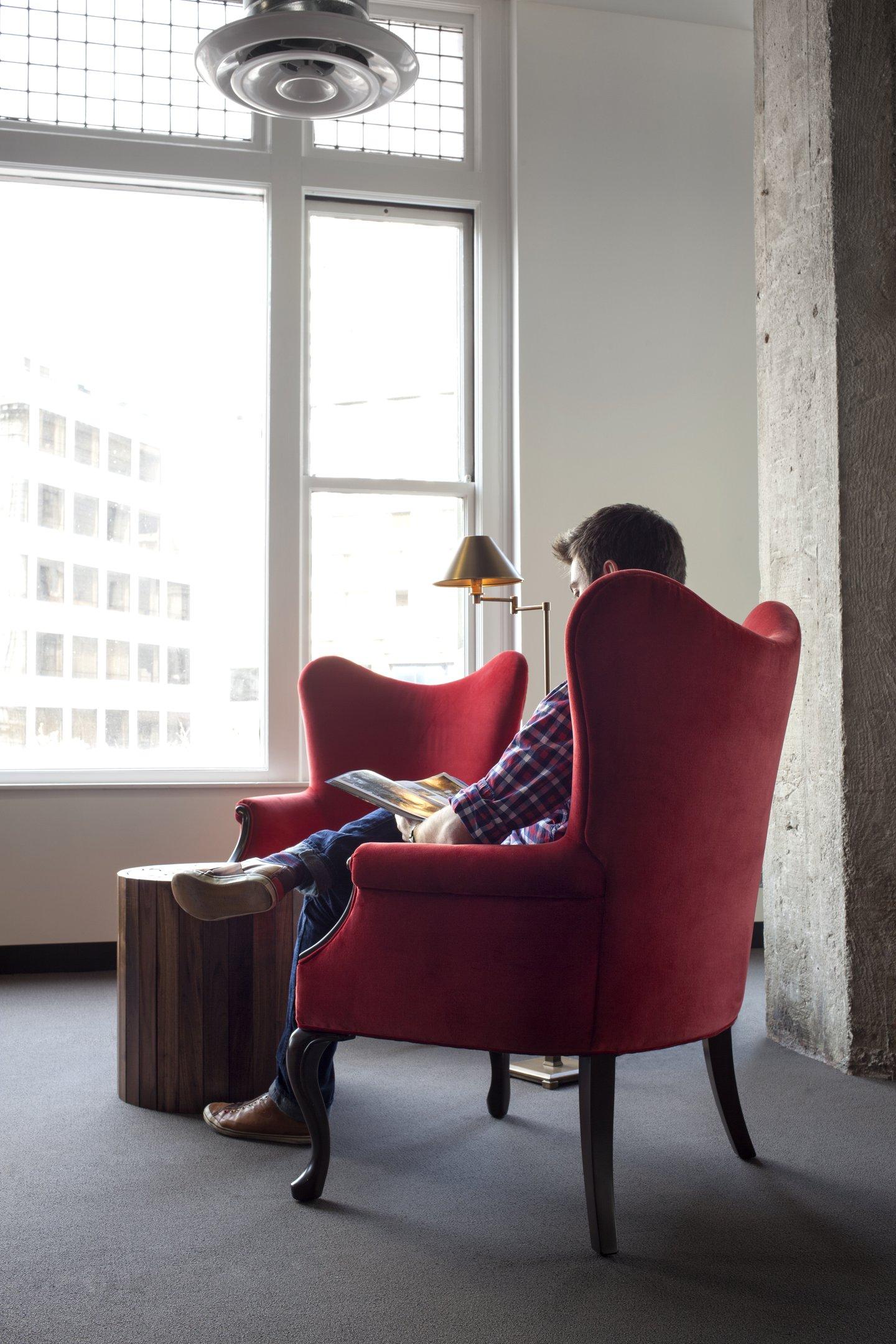 Phone room office space photos custom spaces - Hotel Tonight