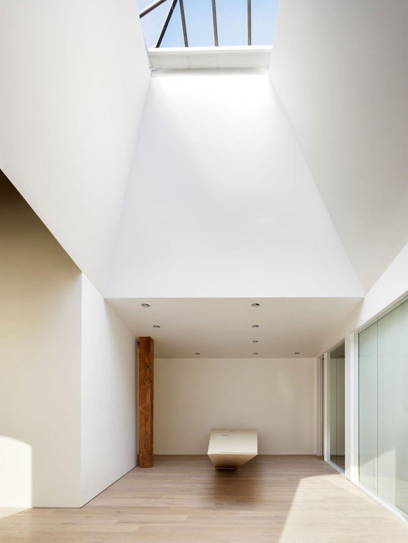 Phone room office space photos custom spaces - Index Ventures